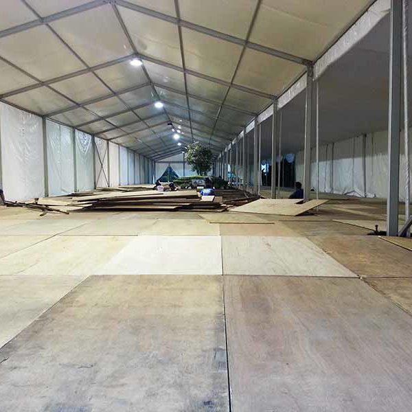Pemasangan Flooring
