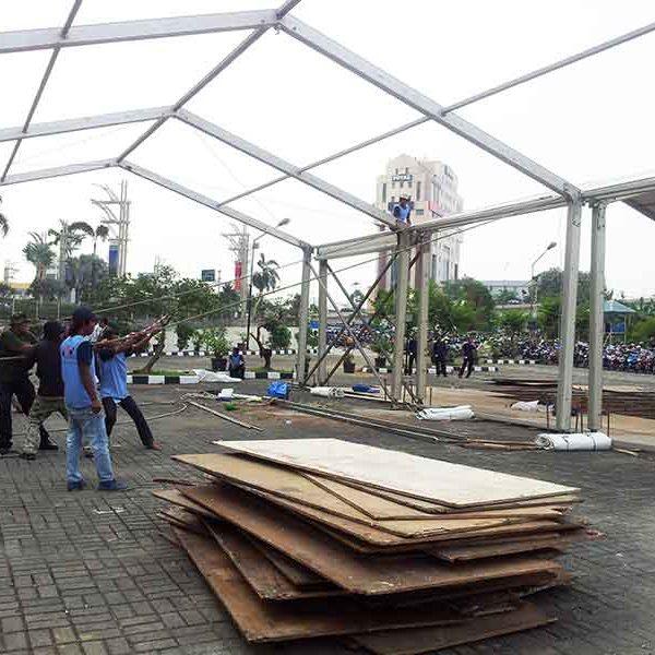Instalasi Tenda Roder
